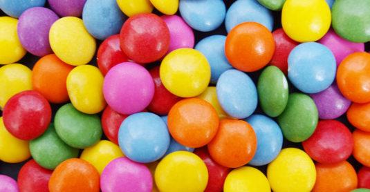 waarom-is-het-zo-moeilijk-om-niet-op-snoepjes-te-kauwen-4157